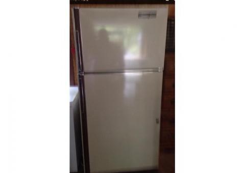 Hotpoint frig/freezer