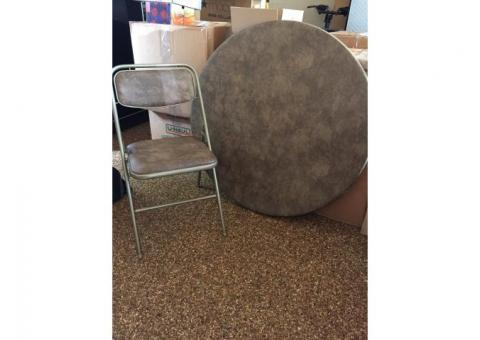 Rounded Card Table with 6 Matching Chairs
